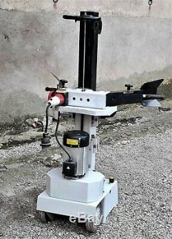 Fendeuse à bûches, électrique, triphasée 380 volts, cause double emploi
